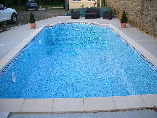 Prix mosaique piscine tendance d co tuiles c ramiques for Carrelage piscine espagne